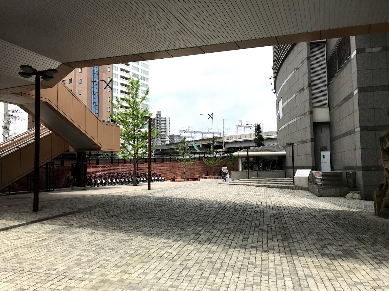 AER北側広場
